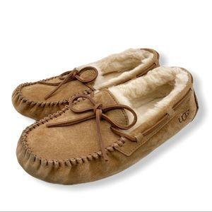 Brown Suede UGG moccasins - size 7